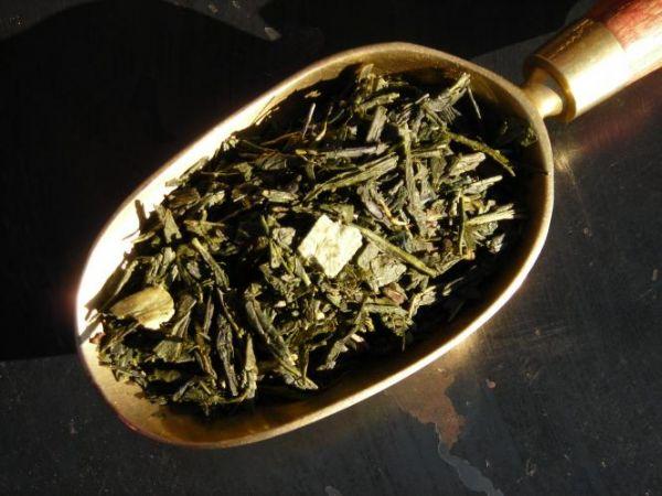 Grüner Tee mit Orange