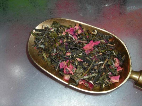 Weißer Tee Granatapfel